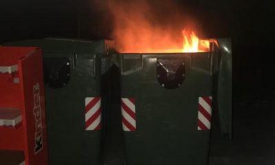 AionSur Incendio-contenedor-400x240 Arden varios contenedores en Gerena, en distintas calles y al mismo tiempo Gerena Sucesos