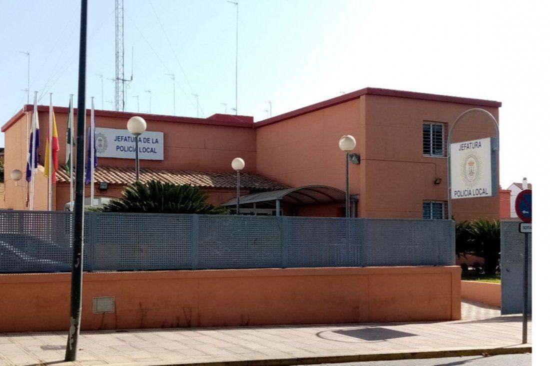 AionSur Policia-Alcala-Guadaira Un policía fuera de servicio detiene a un conductor kamikaze y ebrio en Alcalá Alcalá de Guadaíra Sucesos