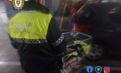 AionSur Policia-castilleja-robo-400x240 Detenidas por robar poco a poco 600 euros en ropa del centro comercial Aire Sur Castilleja de la Cuesta Sucesos