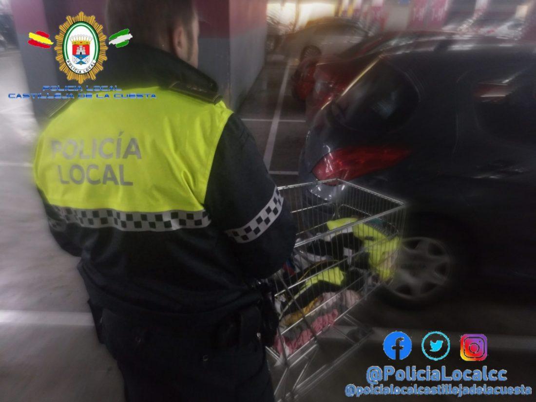 AionSur Policia-castilleja-robo Detenidas por robar poco a poco 600 euros en ropa del centro comercial Aire Sur Castilleja de la Cuesta Sucesos