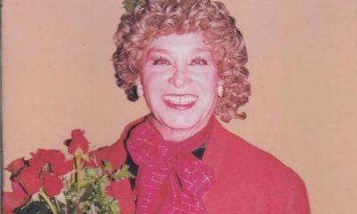 AionSur Violeta-la-burra-400x240 Adiós a 'Violeta la burra', que, desde Herrera, fue un símbolo nacional del transformismo Herrera Sociedad