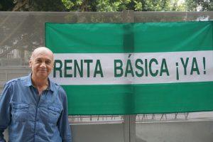 AionSur paco-vega-libro-2-300x200 Un libro recorre la histórica lucha del activista Paco Vega por la renta básica universal Cultura Málaga Sevilla