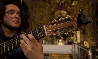 """AionSur 97cb5bc8-4f93-4c19-a5ba-85b0cd4a3778-compressor-400x240 """"Mar verde"""", ópera prima del guitarrista David de Arahal con composiciones dedicadas a sus orígenes Arahal Cultura destacado"""