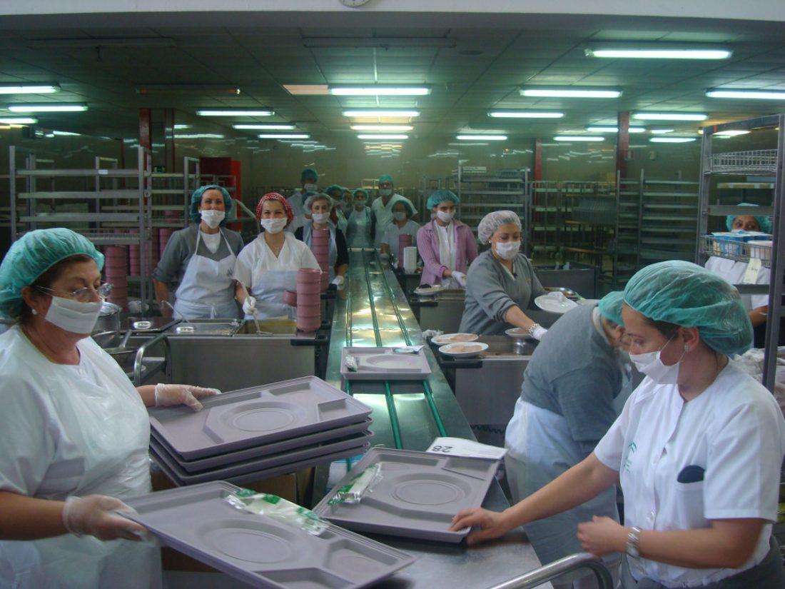 AionSur: Noticias de Sevilla, sus Comarcas y Andalucía DSC01185-compressor Almuerzo con platos sevillanos en el Virgen del Rocío para celebrar el Día de Andalucía Hospitales Salud