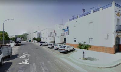 AionSur Lora-avenida-prim-400x240 Encuentran muerta a una pareja de ancianos en su casa de Lora del Río Provincia Sucesos  destacado