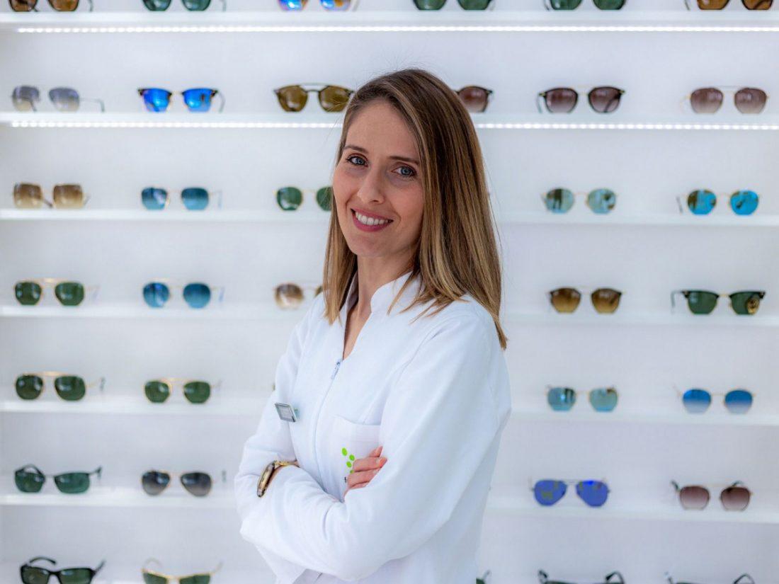 """AionSur a55c8f1e-68be-4787-af32-a58a6c47b1e5-compressor Clara Hernández, especialista en visión: """"El estrabismo, ojo vago y los problemas de aprendizaje mejoran con la terapia visual"""" Arahal Empresas  destacado"""
