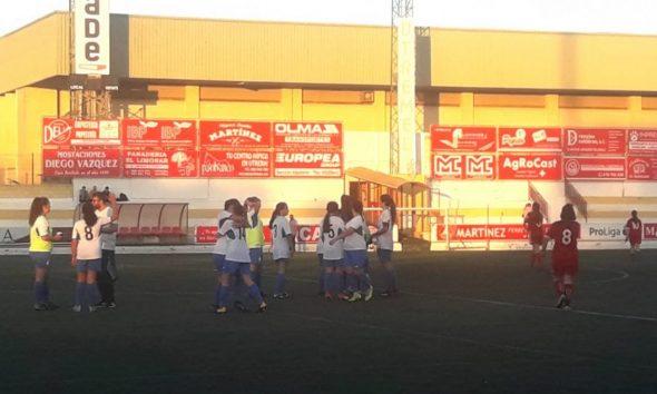 AionSur arahal-feminas-1-590x354 Hat-trick de Rocío Cintado para un trabajado empate en Utrera Arahal Deportes  destacado