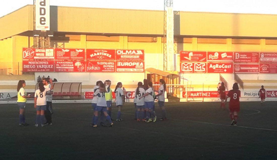 AionSur arahal-feminas-1 Hat-trick de Rocío Cintado para un trabajado empate en Utrera Arahal Deportes  destacado