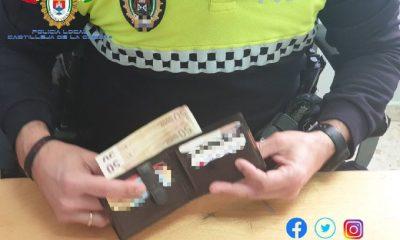 AionSur cartera-castilleja-400x240 Encuentra una cartera con 200 euros y la entrega a la Policía Local Castilleja de la Cuesta Sociedad