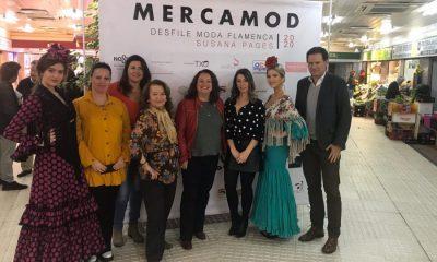 AionSur mercamod-400x240 El mercado de Los Remedios acoge el primer desfile en Sevilla de moda entre puestos Sevilla Sociedad  destacado