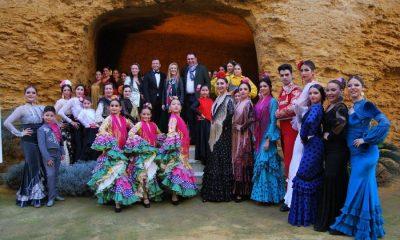 AionSur posado-danza-compressor-400x240 Más de mil bailarines se darán cita en Alcalá este fin de semana en la mayor feria de danza y moda de España Alcalá de Guadaíra