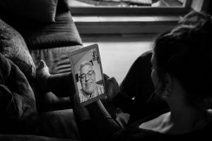 AionSur: Noticias de Sevilla, sus Comarcas y Andalucía Raquel-fotos-3-300x200 Contra el coronavirus, arte fotográfico y mensajes positivos en Instagram Coronavirus Sevilla