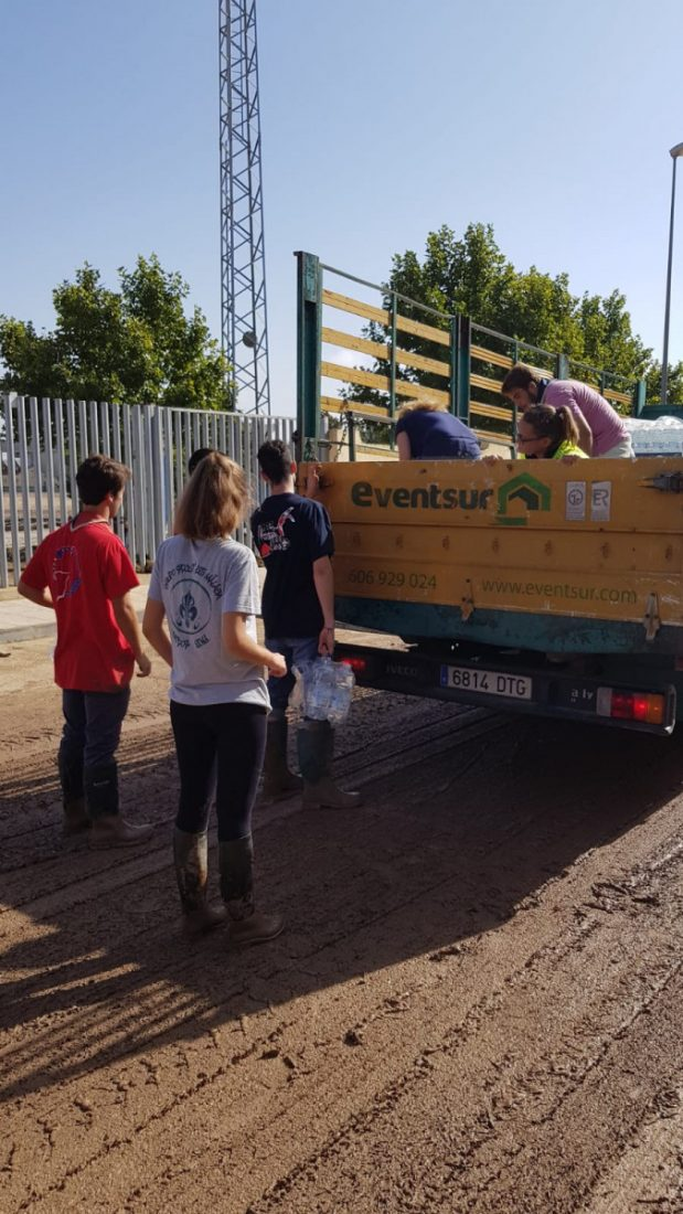 AionSur WhatsApp-Image-2020-03-20-at-09.13.12 Una empresa de montajes de eventos pone a disposición del hospital de Osuna todo su material Coronavirus Empresas Osuna