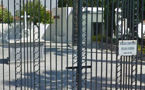 AionSur cementerio-moron-560x346 Siete años buscando un cadáver en el cementerio de Morón para una prueba de ADN Morón de la Frontera Sociedad