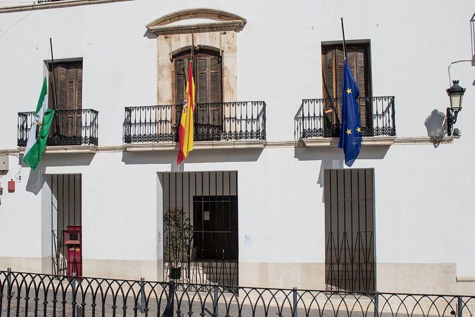 AionSur estepa-banderas Cuarto fallecido en Estepa por el coronavirus y luto oficial en el municipio Coronavirus Estepa