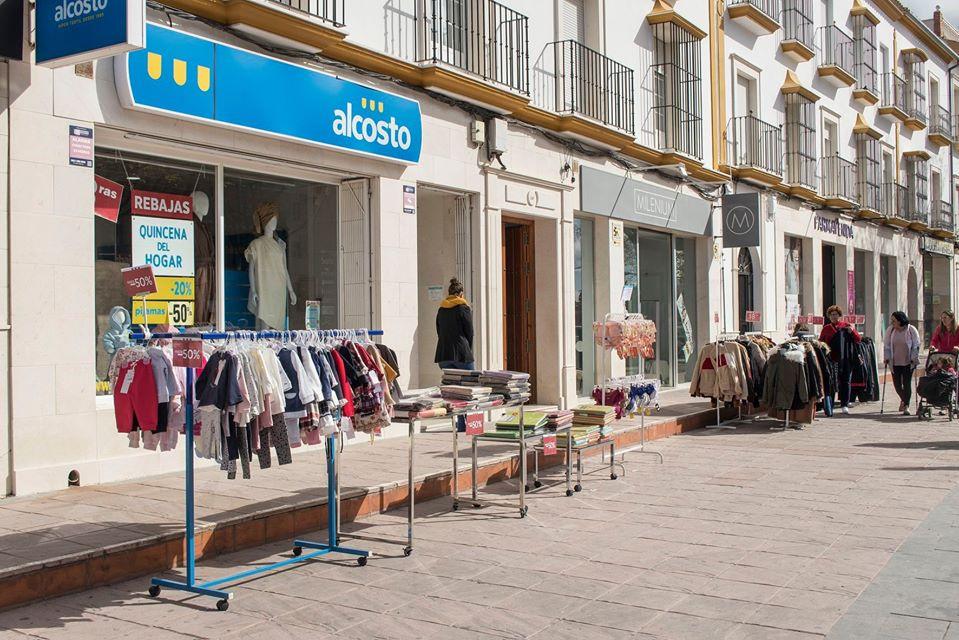 AionSur estepa-outlok Los comercios de Estepa sacan sus ofertas a la calle Economía Estepa