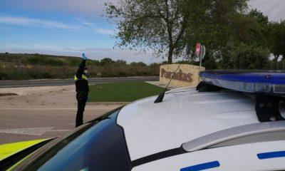 AionSur: Noticias de Sevilla, sus Comarcas y Andalucía 91983323_2544511209121729_5486054614438510592_o-compressor-400x240 La Policía Local de Paradas ha puesto 80 denuncias por saltarse el confinamiento Paradas destacado