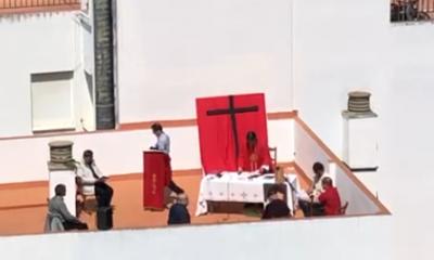AionSur Misa-Sevilla-400x240 La Policía disuelve una misa que celebraban en una azotea de Sevilla Coronavirus Sevilla
