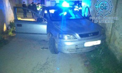 AionSur Policia-nacional-400x240 Detenido en Dos Hermanas tras huir de la Policía Dos Hermanas Sucesos
