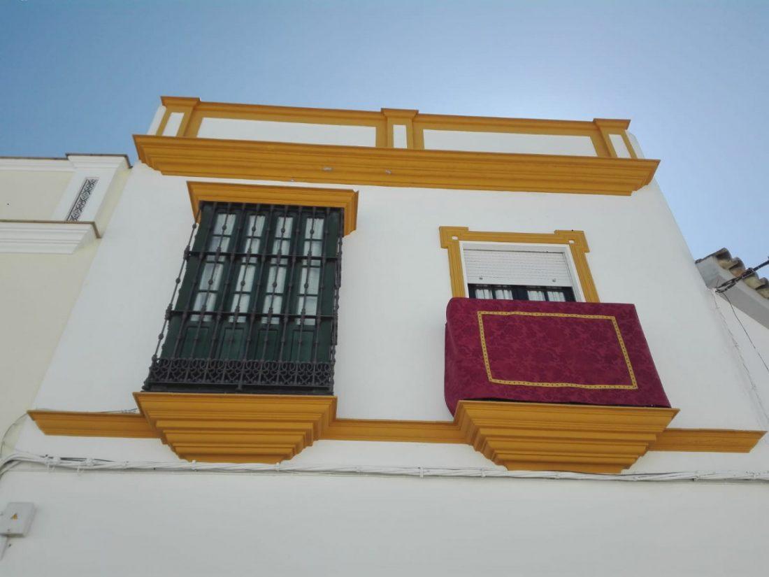 AionSur d24558d5-5be1-4477-beda-7a72020b7443 La celebración en los balcones continuará, también en Semana Santa Coronavirus Provincia  destacado