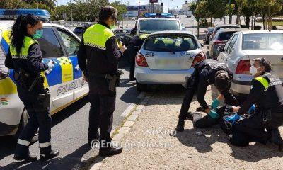 """AionSur policia-Sevilla-2-400x240 Denuncian a una conductora ebria que pedía a la Policía volver a irse """"de cervecitas"""" Sevilla Sucesos"""