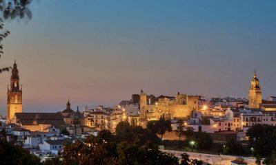 AionSur Carmona-luces-400x240 A concurso la renovación de la iluminación en Carmona, por casi un millón de euros Carmona