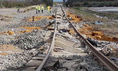 AionSur Descarrilamiento6-400x240 Informe sobre el descarrilamiento de Arahal: la vía se colocó sin estudiar el drenaje del terreno Arahal Sucesos  destacado