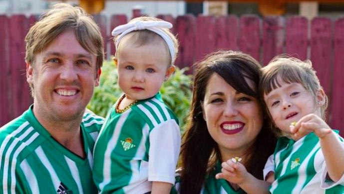 AionSur Juanma-Linares Piden ayuda urgente para un cámara sevillano tras sufrir un infarto en Estados Unidos Salud Voluntariado