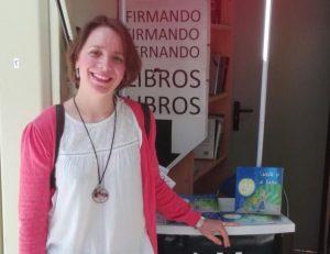 AionSur Maria-Jose-enfermera-2-300x231 María José, la enfermera escritora (o viceversa) que cautiva con sus historias Huelva Salud Sevilla destacado