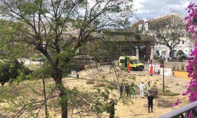 AionSur asesinato-Sevilla-400x240 Matan a cuchilladas a un hombre en una pelea bajo el Puente de Triana Sevilla Sucesos  destacado