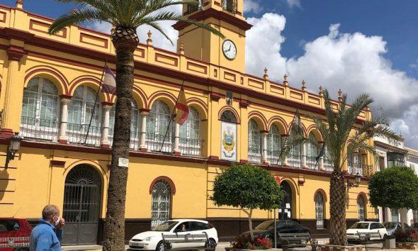 AionSur: Noticias de Sevilla, sus Comarcas y Andalucía ayuntamiento-arahal-covid-590x354 La tasa de contagios de covid en Arahal baja 25 puntos pero se mantiene la precaución Curiosidades destacado