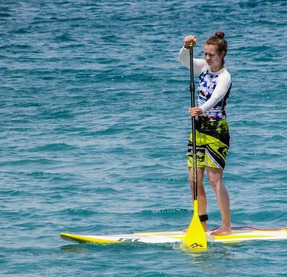AionSur paddlesurf-560x540 Buscan a monitores de paddle surf para trabajar en verano cobrando hasta 1.500 euros al mes Formación y Empleo Huelva