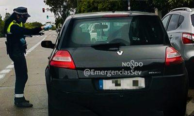 AionSur poli-denuncia-400x240 Insultan a policías y acaban denunciados por ir dos en un coche Sin categoría
