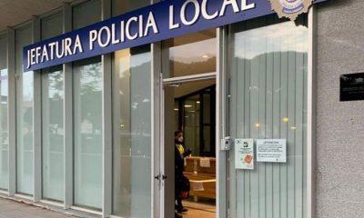 AionSur policia-punta-umbria-400x240 Denuncian a cinco jóvenes que bebían juntos y dicen a la Policía que por su edad no podían enfermar Coronavirus Huelva