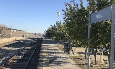 AionSur Tren-Arahal-400x240 Adif instalará un nuevo cerramiento en el entorno de la estación de Arahal Arahal  destacado