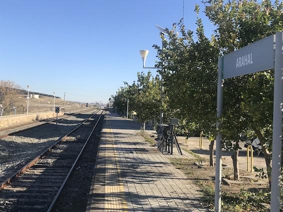 AionSur Tren-Arahal Adif instalará un nuevo cerramiento en el entorno de la estación de Arahal Arahal destacado