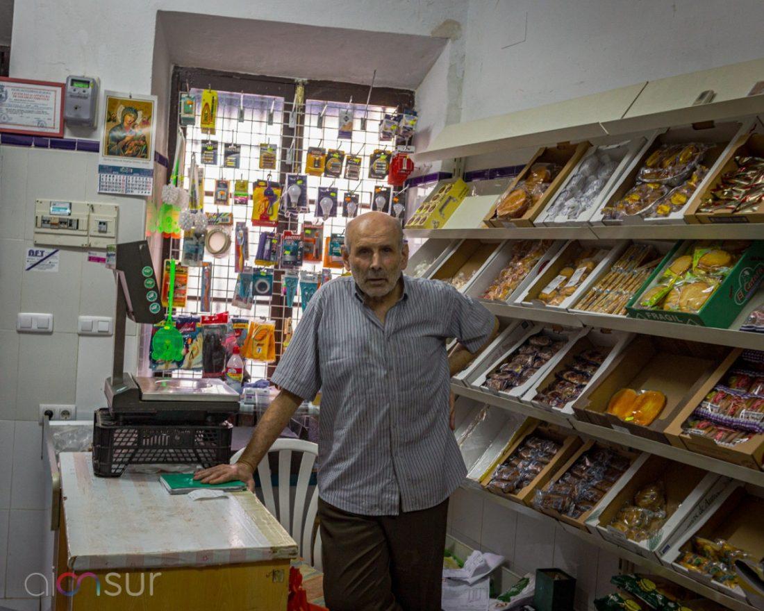 AionSur dfc96b30-b86c-4cd9-afc0-5223c20b375f-min De la Guerra y postguerra al confinamiento: La capacidad de resistencia de las tiendas centenarias de Arahal Arahal Empresas destacado