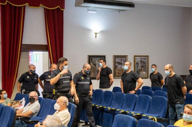 AionSur esta-min Un nuevo enfrentamiento entre la Policía Local de Marchena y la alcaldesa que obliga a desalojar el pleno Marchena destacado