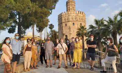 AionSur guias-turisticos-2-400x240 Los guías turísticos vuelven a las calles de Sevilla Coronavirus Economía Sevilla destacado