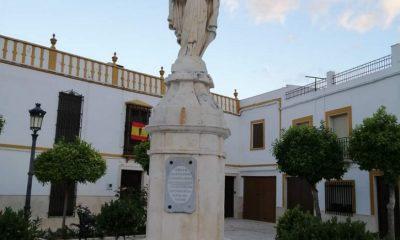 AionSur momumento-la-roda-400x240 Decapitan y arrancan las manos a golpes al Sagrado Corazón de La Roda de Andalucía La Roda de Andalucía Sucesos  destacado