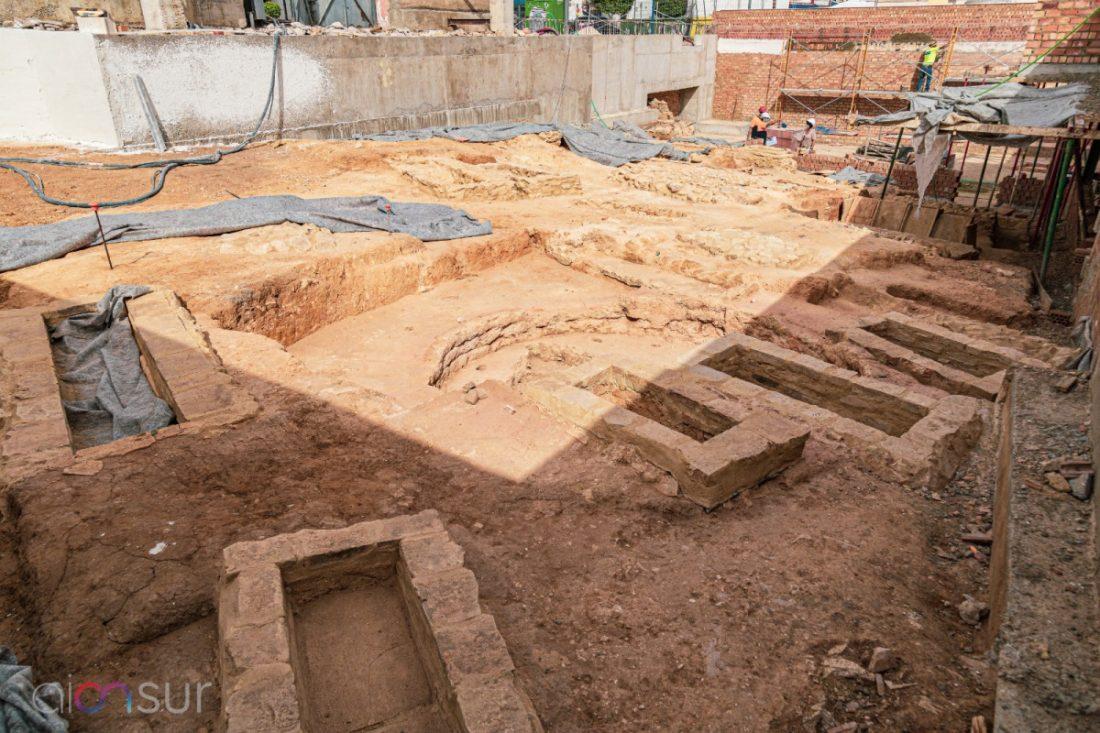 AionSur 4ddb111c-9a24-4057-b74b-4d2e14eeb708-min La barriada de La Palmera en Arahal: área industrial, necrópolis y lugar sagrado en los últimos veinte siglos Arahal destacado