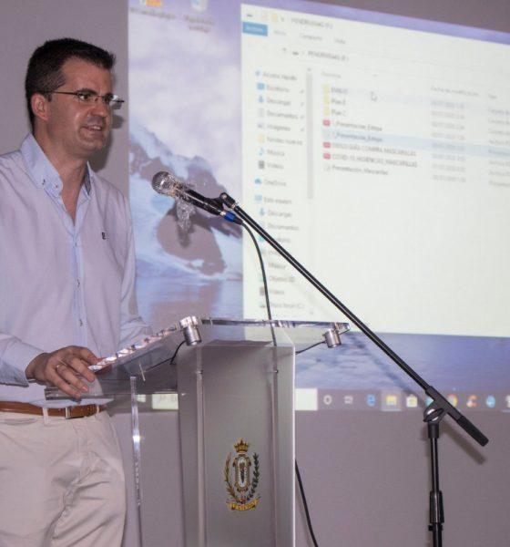 AionSur Estepa-reunion-560x600 El sector del mantecado de Estepa se pone en marcha de forma segura Economía Estepa