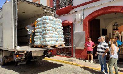 AionSur Patatas-Benacazon-3-400x240 Cuatro toneladas de solidaridad en Benacazón Coronavirus Sociedad