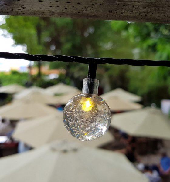 AionSur bulb-min-560x600 ¿La iluminación LED sí aporta al cuidado del medio ambiente? Empresas