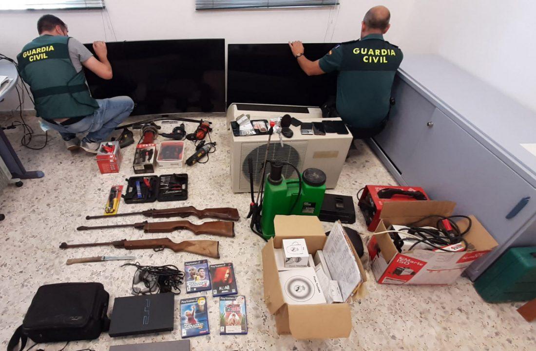 """AionSur image001-min Tres detenidos en Tocina y desmantelamiento de un punto de venta de droga con """"narcosala"""" Sucesos"""