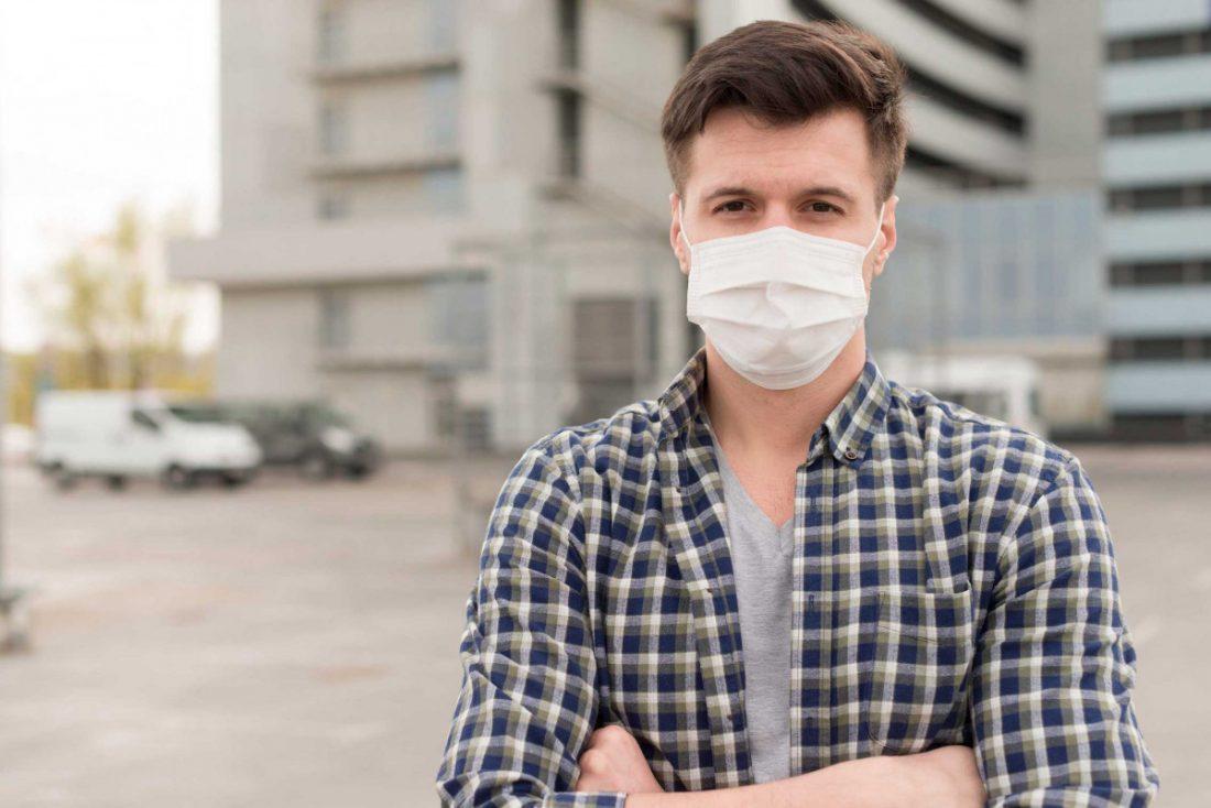 AionSur mascarillas-farmacia 'Los enmascarados', la idea para que a nadie le falte una mascarilla si la necesita Coronavirus