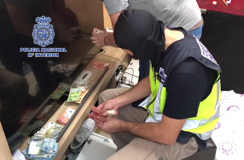 AionSur policia-drogas Veinte detenidos en una operación contra el tráfico de drogas en Dos Hermanas Dos Hermanas Narcotráfico Sucesos destacado