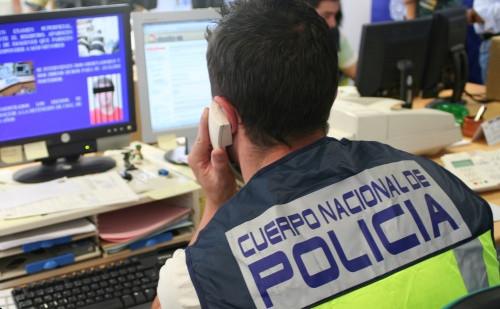 AionSur policia-nacional Detenido en Paradas por vender material pornográfico infantil Paradas Sucesos  destacado