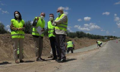 AionSur Obras-en-Herrera-min-400x240 La Junta destina 2,4 millones de euros extra a la seguridad vial de las carreteras sevillanas Sevilla