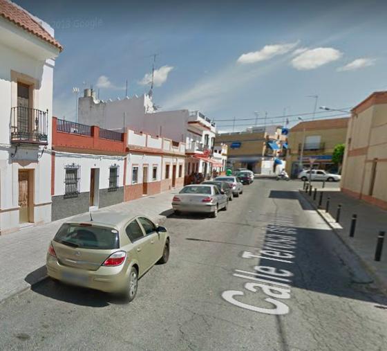 AionSur Utrera-plaza-560x507 Piden que la barriada Juan Carlos I de Utrera deje de llevar ese nombre Sociedad Utrera
